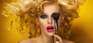 makeup-artist-wallpaper-1080p-backgrounds-artist-makeup-background-25953-520x245